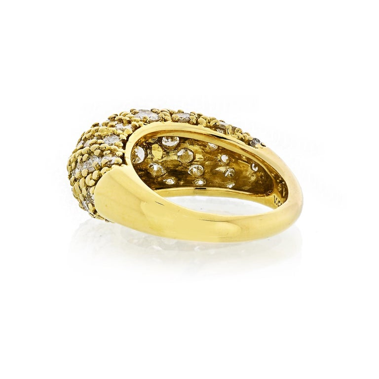 Modern Van Cleef & Arpels 1970s 18 Karat Yellow Gold 2.50 Carat Dome Diamond Ring For Sale