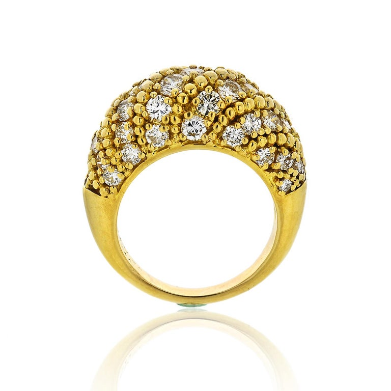 Round Cut Van Cleef & Arpels 1970s 18 Karat Yellow Gold 2.50 Carat Dome Diamond Ring For Sale