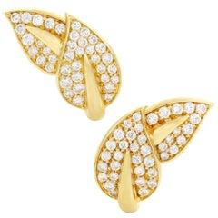 Van Cleef & Arpels 2.20 Carat Diamond Pave 18 Karat Yellow Gold Leaf Earrings