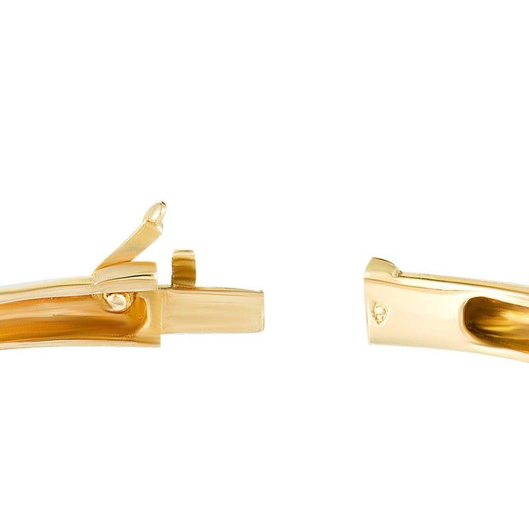 Women's Van Cleef & Arpels 2.42 Carat Diamond Pave 18 Karat Yellow Gold Bangle Bracelet For Sale