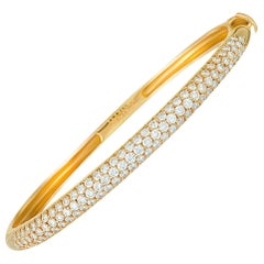 Van Cleef & Arpels 2.42 Carat Diamond Pave 18 Karat Yellow Gold Bangle Bracelet