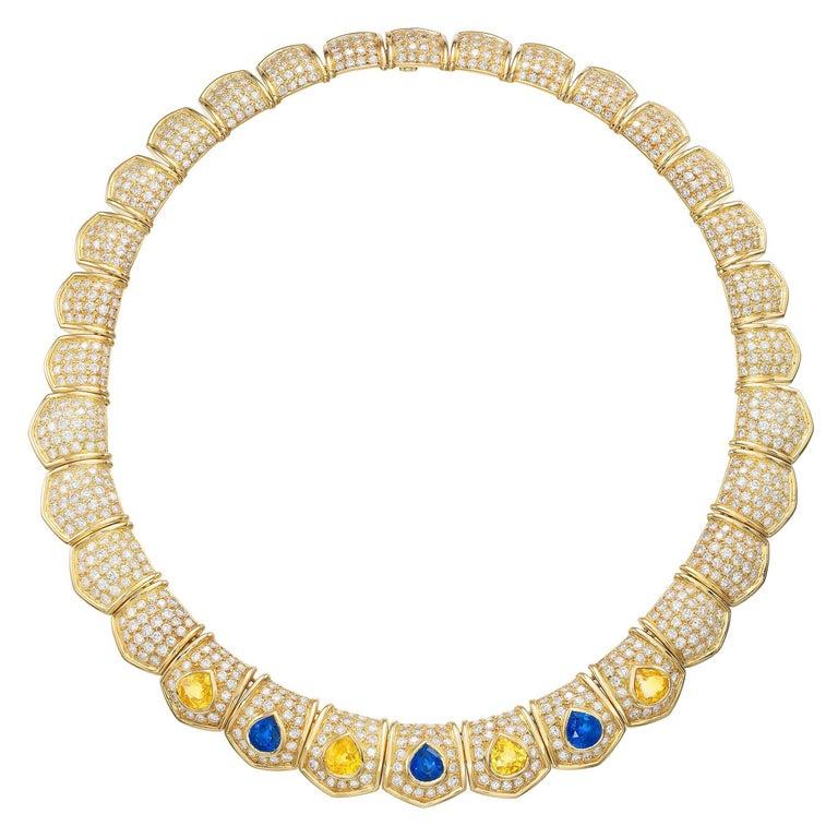Van Cleef & Arpels 30cts Diamond Sapphire Necklace in 18 Karat Gold For Sale
