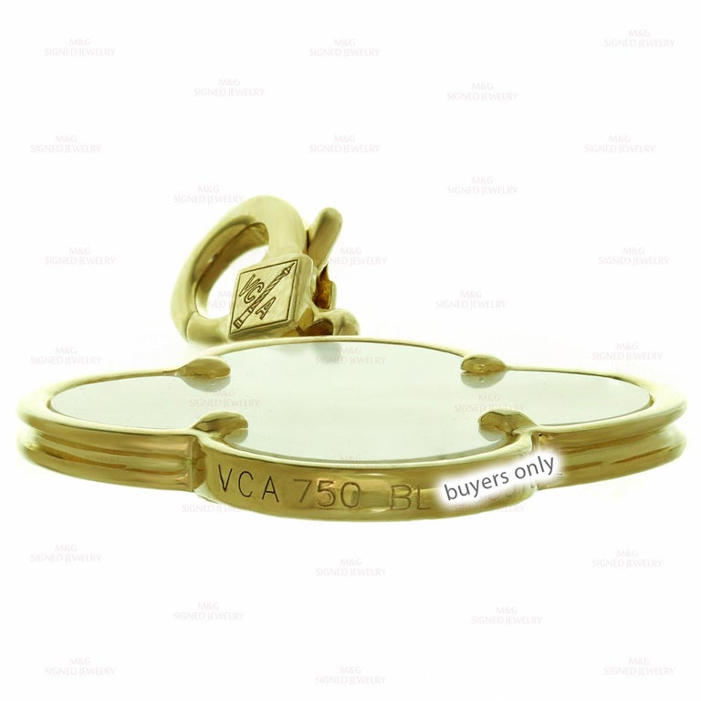 Women's Van Cleef & Arpels Alhambra Mother of Pearl Yellow Gold Large Pendant For Sale