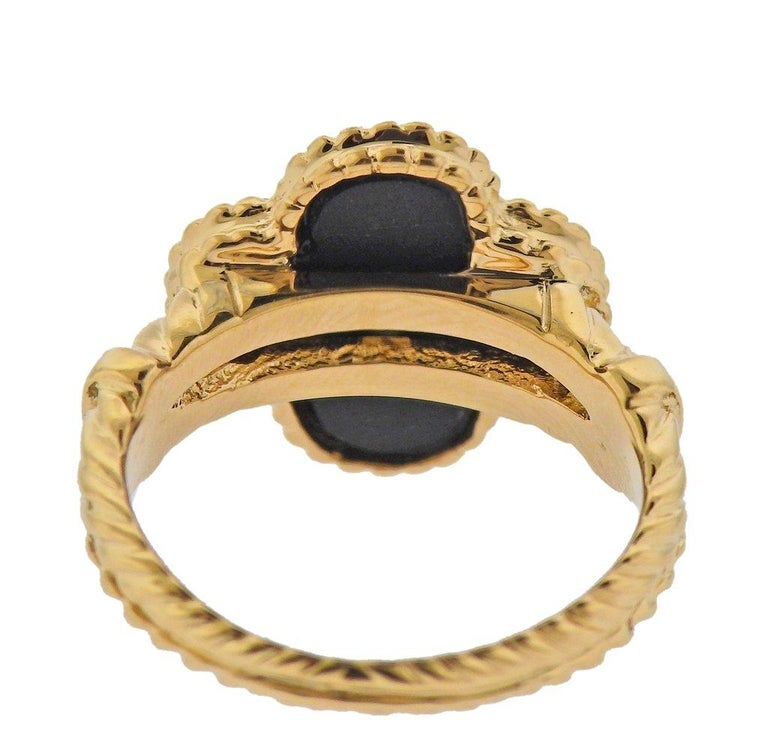 Round Cut Van Cleef & Arpels Alhambra Onyx Diamond Gold Ring For Sale