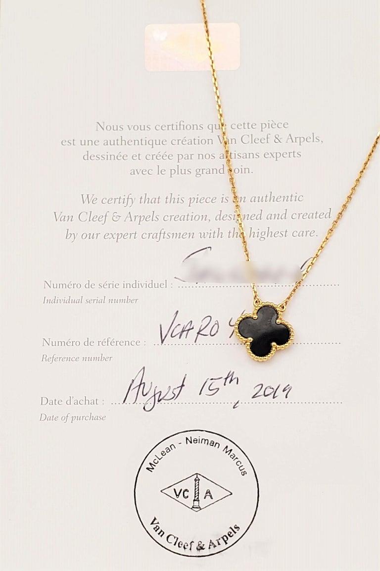 Women's Van Cleef & Arpels Alhambra Pendant Necklace