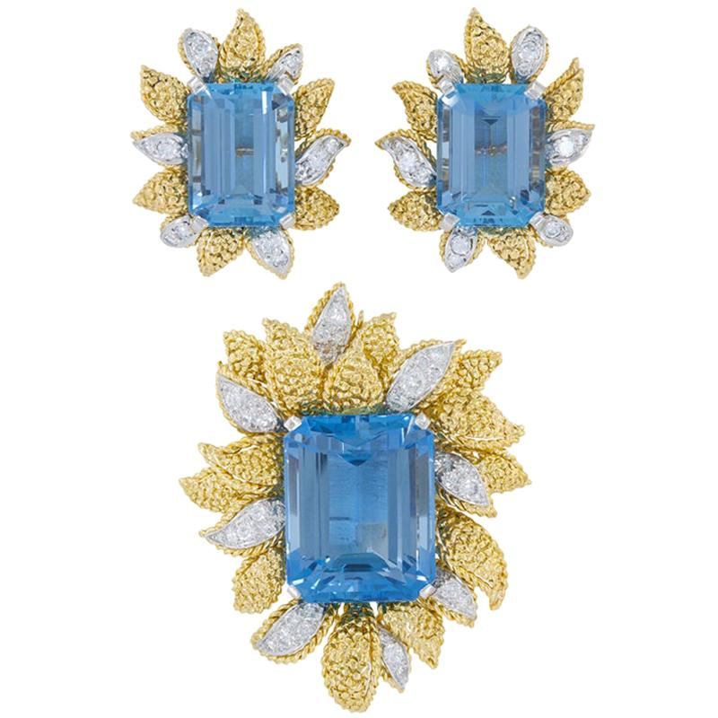 Van Cleef & Arpels Aquamarine Yellow Gold Flower Brooch and Earrings Suite
