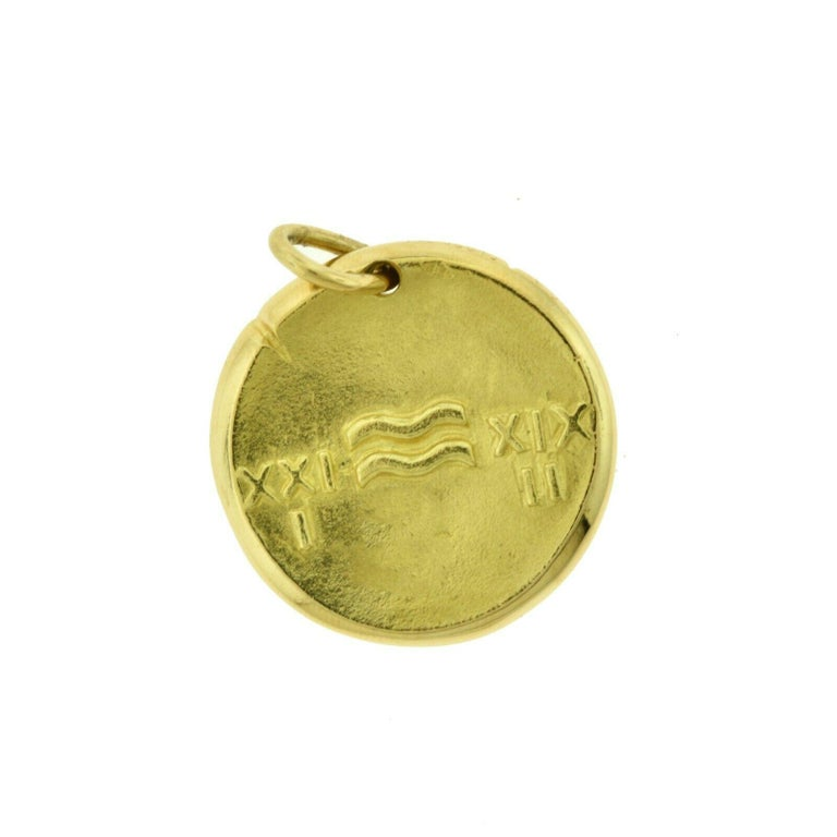Van Cleef & Arpels Aquarius Zodiac Pendant Charm in Yellow Gold In Good Condition For Sale In Miami, FL