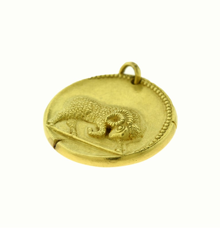Van Cleef & Arpels Aries Zodiac Yellow Gold Large Pendant Coin Charm For Sale 2