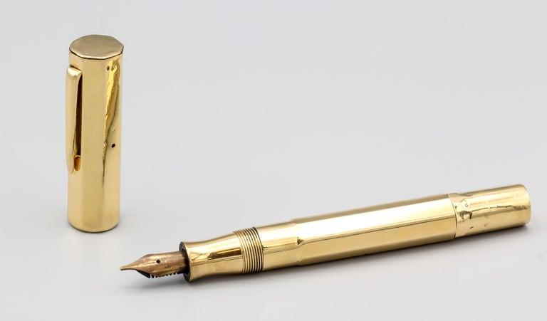 Van Cleef & Arpels Art Deco 18 Karat Gold Fountain Pen For Sale 1