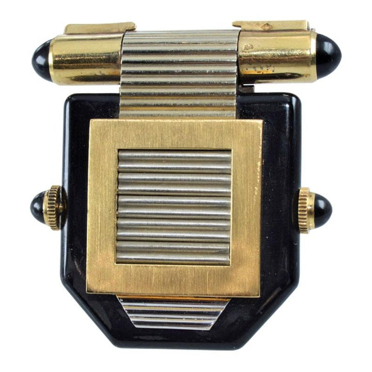 Van Cleef & Arpels Art Deco Clip on Watch circa 1930s by Verger In Excellent Condition For Sale In Venice, CA