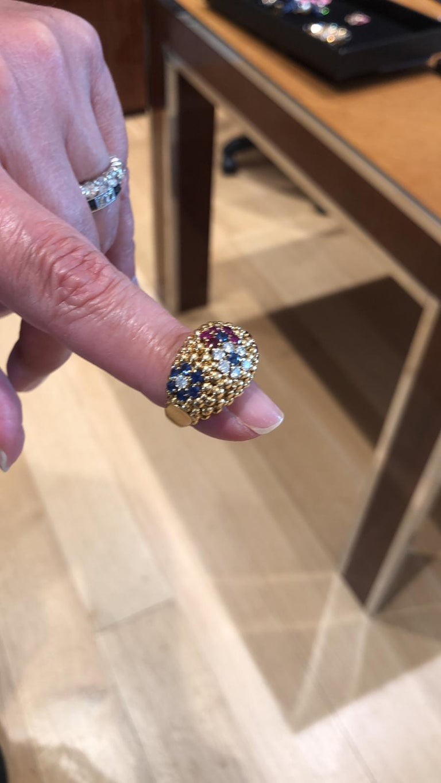 Van Cleef & Arpels Bagatelle Bombe Ring Earring Suite For Sale 2