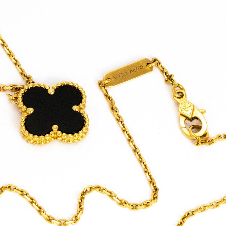 The very first Alhambra jewel was created in 1968, the Vintage Alhambra creations by Van Cleef & Arpels are distinguished by their unique, timeless elegance. Inspired by the clover leaf, this one in particular is made with onyx and has a delicate
