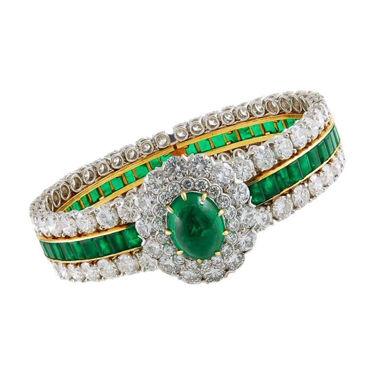 Van Cleef & Arpels Cabochon Diamond Emerald Bangle Bracelet