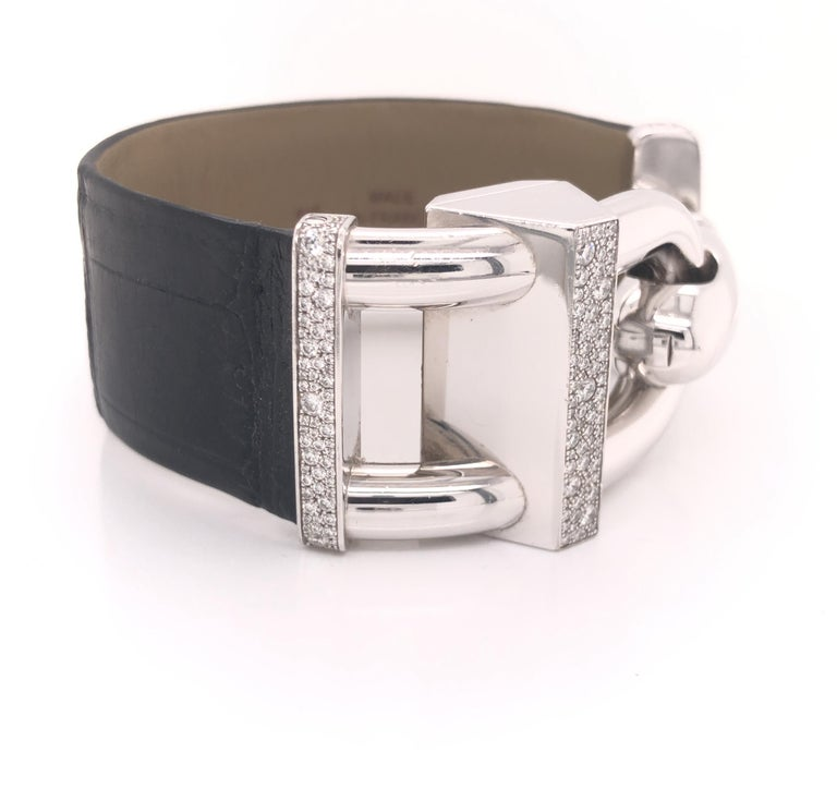 Modern Van Cleef & Arpels Cadenas Watch Diamond & Mother of Pearl 18k For Sale