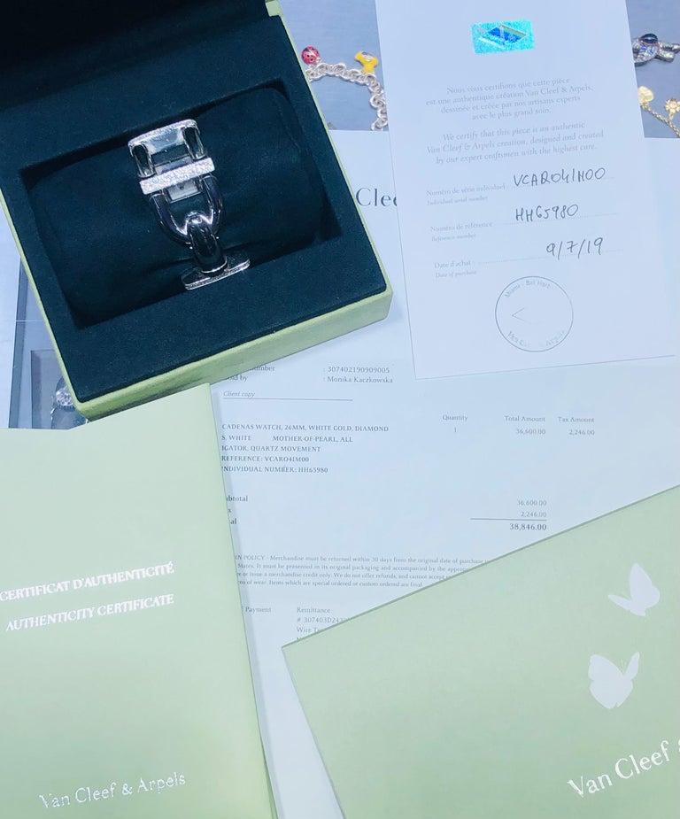 Van Cleef & Arpels Cadenas Watch Diamond & Mother of Pearl 18k In Good Condition For Sale In MIAMI, FL