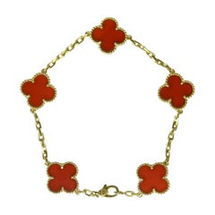 Van Cleef & Arpels Carnelian Alhambra 18 Karat Gold Bracelet