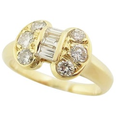Van Cleef & Arpels Celestine Bow Diamond 18 Karat Yellow Gold Ring