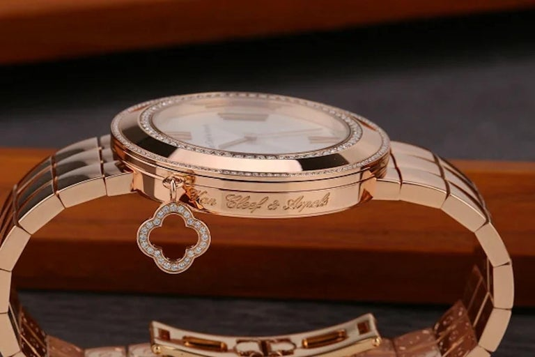 Brilliant Cut Van Cleef & Arpels Charms Rose Gold Diamond Quartz Watch VCARN5LF00 For Sale