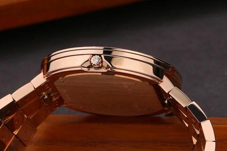Van Cleef & Arpels Charms Rose Gold Diamond Quartz Watch VCARN5LF00 For Sale 4