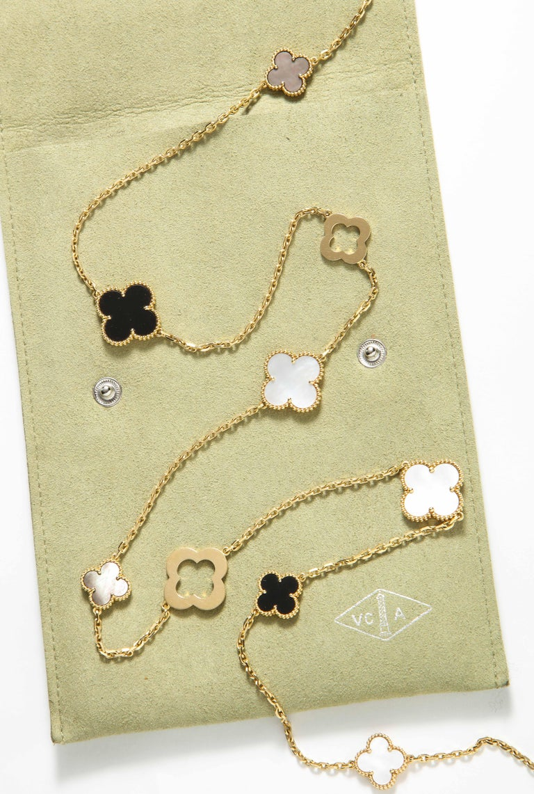 Van Cleef & Arpels & Chloe, a Rare, Limited-Edition 18K Gold Alhambra Necklace For Sale 8