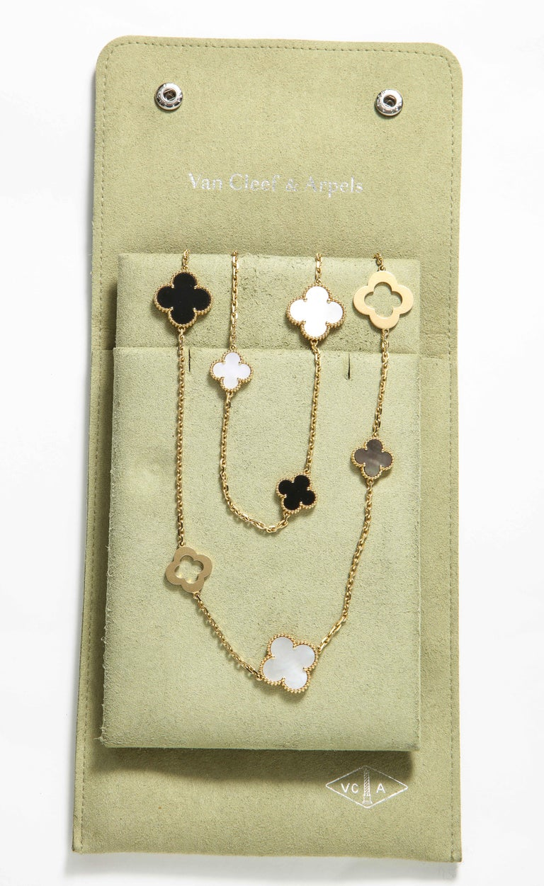 Van Cleef & Arpels & Chloe, a Rare, Limited-Edition 18K Gold Alhambra Necklace For Sale 1