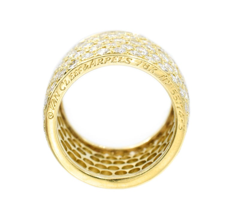 Women's Van Cleef & Arpels Classic Wide Diamond Gold Band For Sale