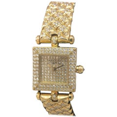 Van Cleef & Arpels Classique Yellow Gold Pave Diamond Bracelet Ladies Watch