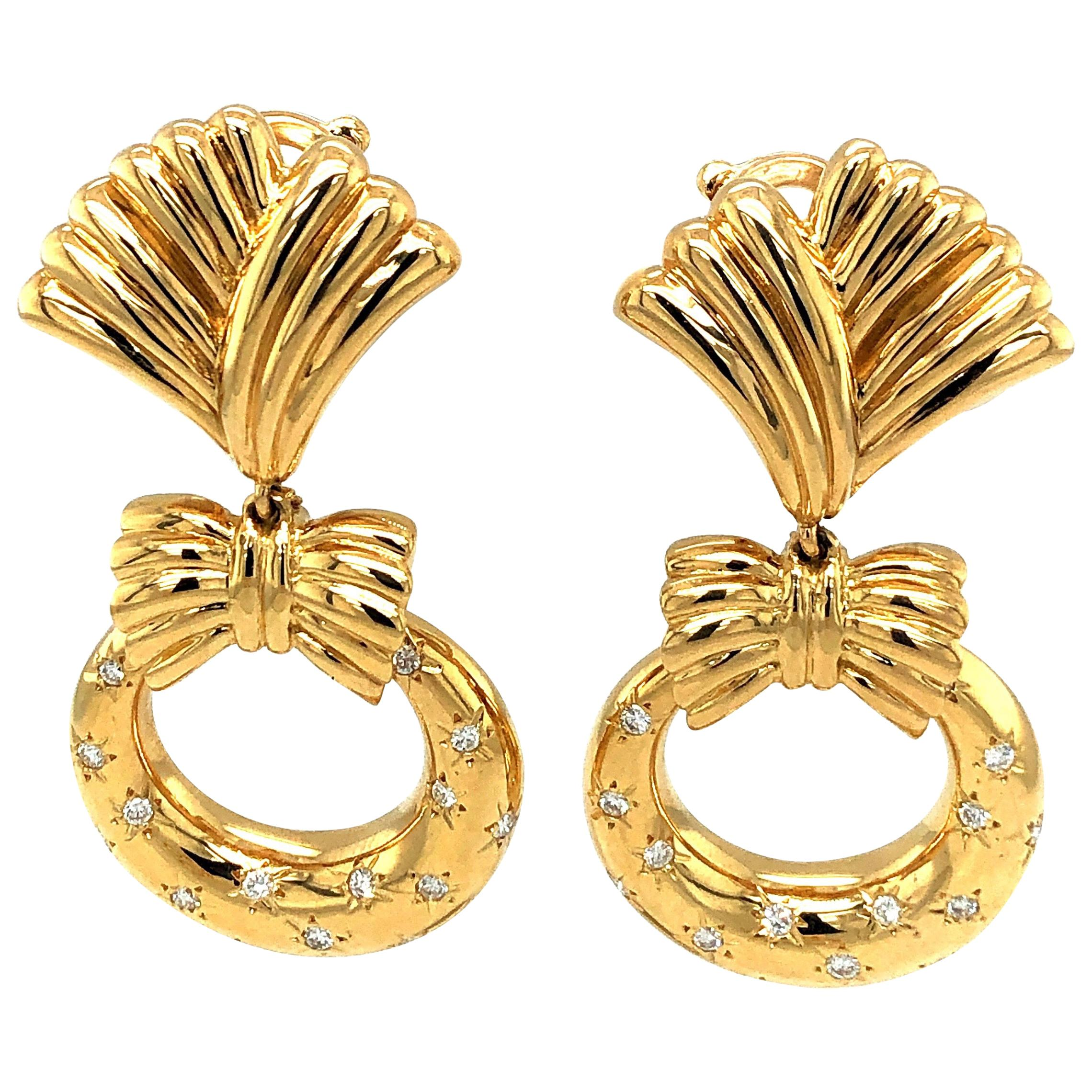 Van Cleef & Arpels Clip-On Yellow Gold Vintage Earrings Diamonds and Charms