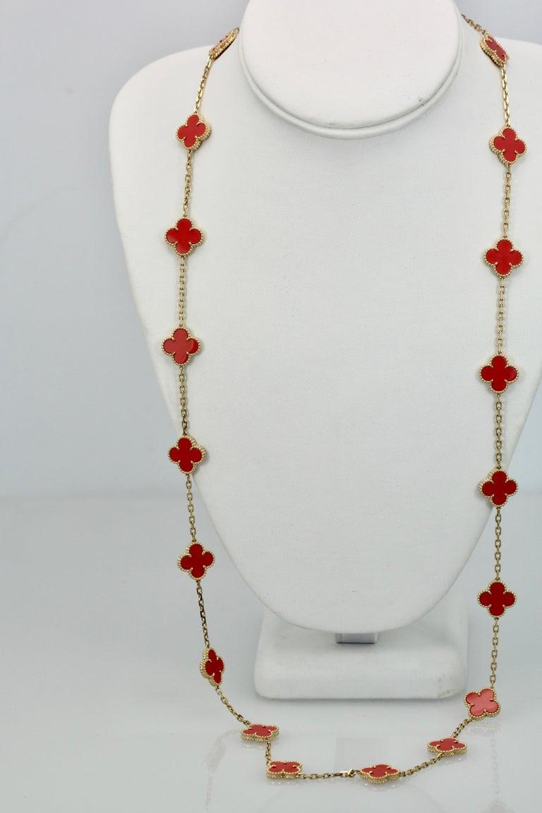 Van Cleef & Arpels Coral Alhambra 20 Motif Necklace 18 Karat Yellow Gold For Sale 5