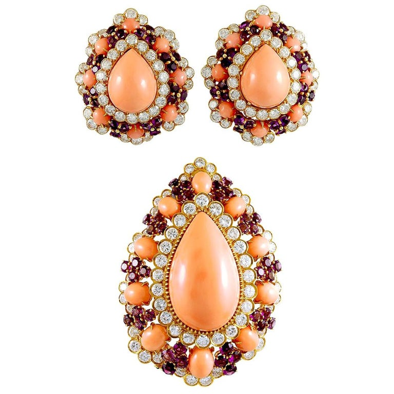 Van Cleef & Arpels Coral Amethyst Diamond Brooch Pendant and Ear Clips For Sale
