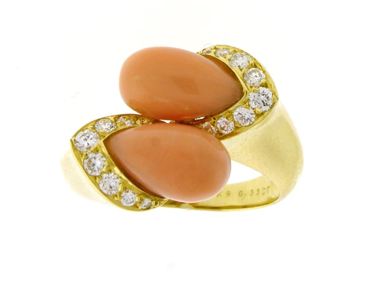 Women's or Men's Van Cleef & Arpels Coral and Diamond Ring For Sale