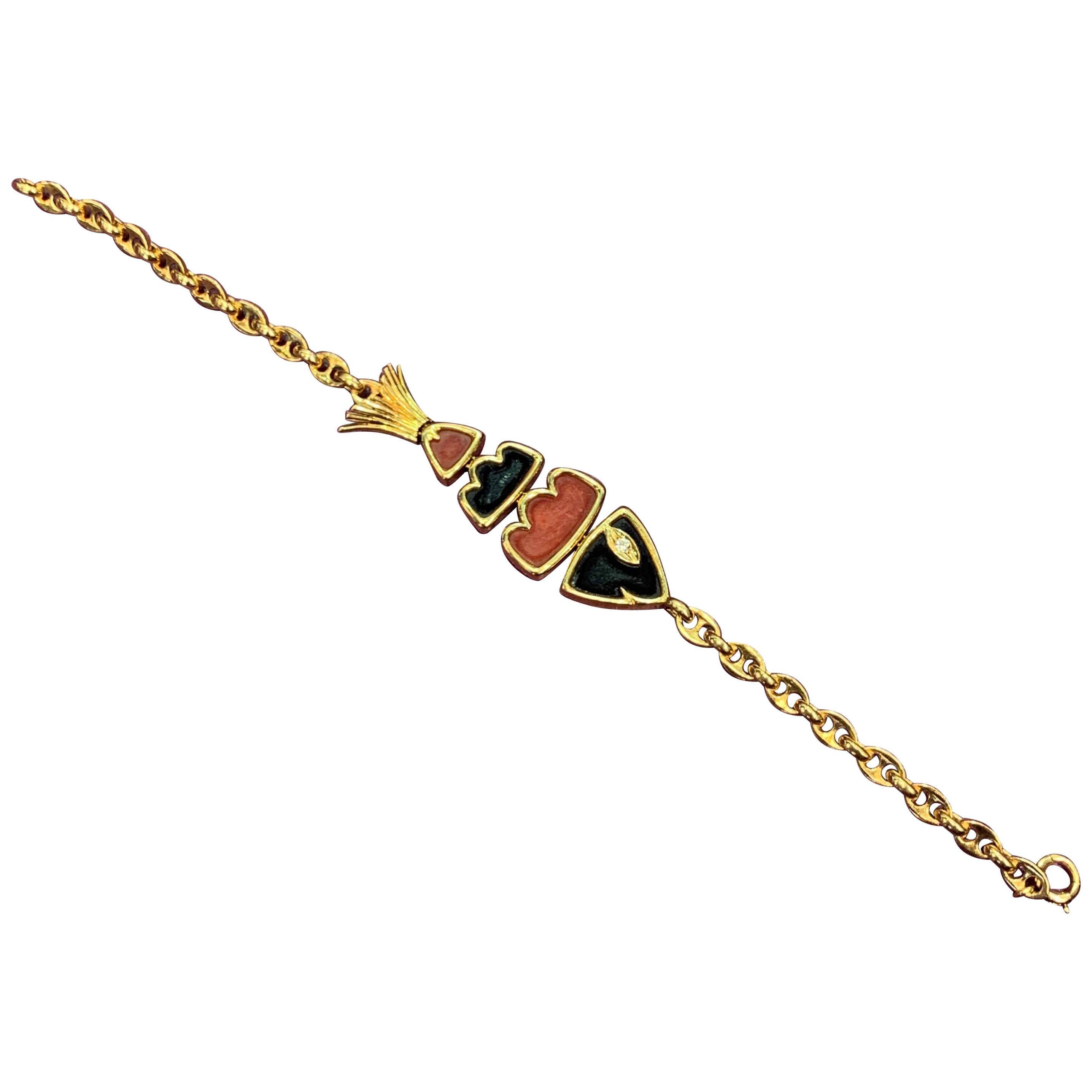 Van Cleef & Arpels Coral and Onyx Fish Bracelet