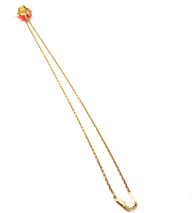 Van Cleef & Arpels Coral Bead Fruit Basket Yellow Gold Pendant Necklace For Sale 6