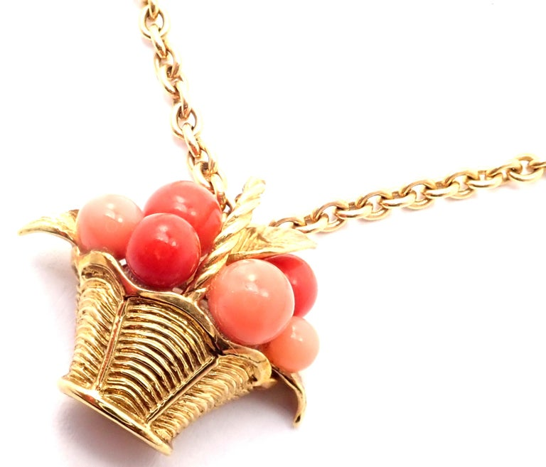 Van Cleef & Arpels Coral Bead Fruit Basket Yellow Gold Pendant Necklace For Sale 8