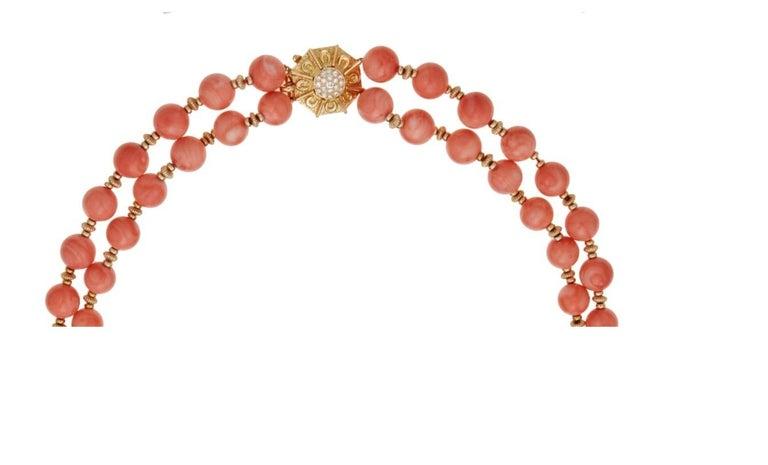 Women's or Men's Van Cleef & Arpels Coral Bead Necklace For Sale