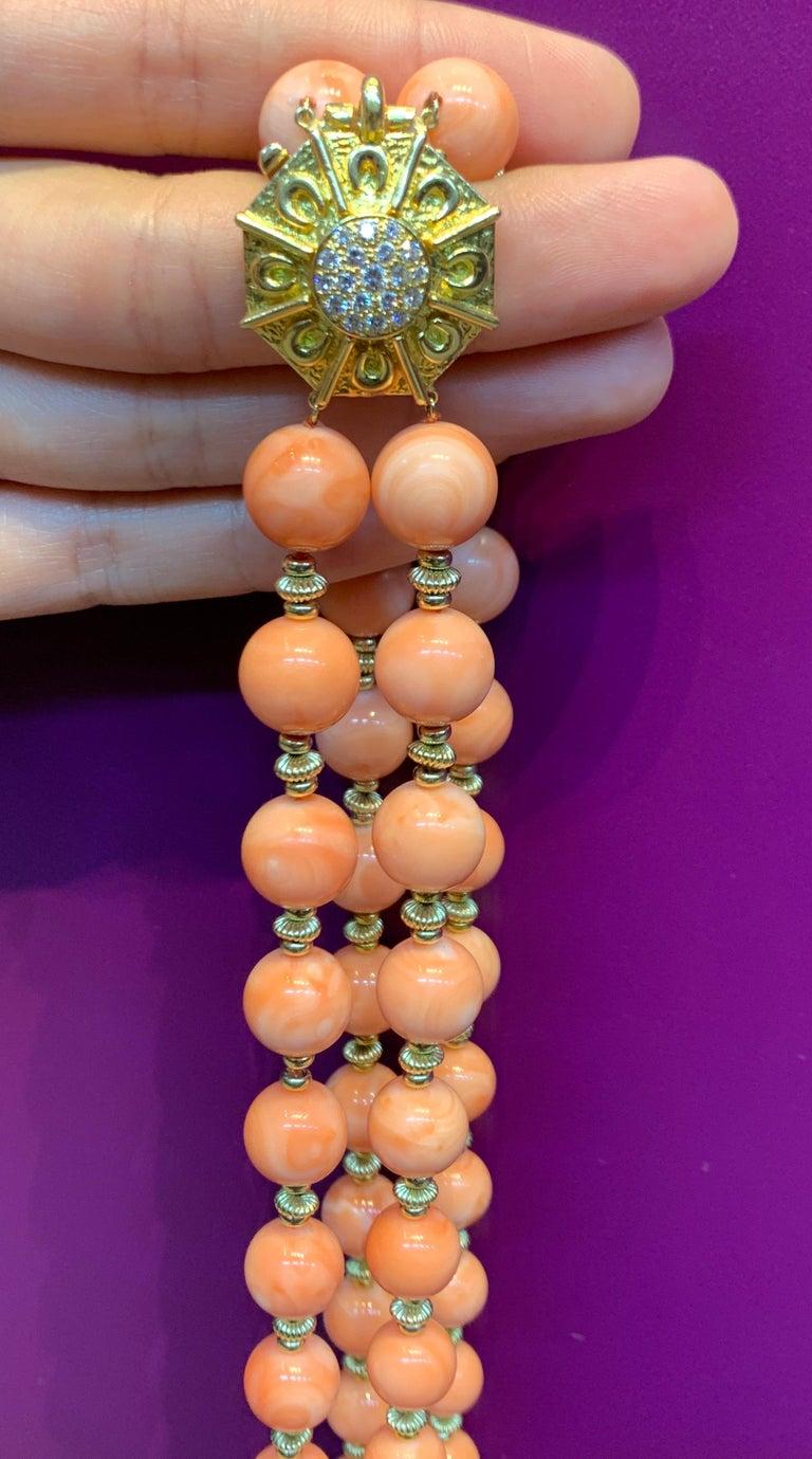 Van Cleef & Arpels Coral Bead Necklace For Sale 6