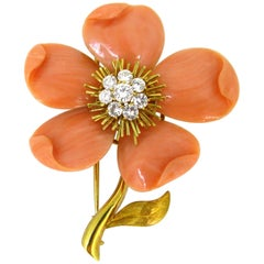 Van Cleef & Arpels Coral Diamonds Brooch, Clématite Collection, France, circa