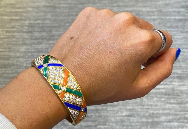 Round Cut Van Cleef & Arpels Coral Malachite Lapis Lazuli and Diamond Bangle For Sale