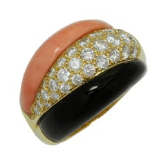 Van Cleef & Arpels Coral Onyx Diamond Yellow Gold Ring