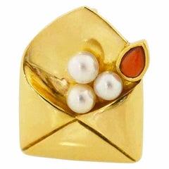 Van Cleef & Arpels Coral Pearl Brooch 18 Karat Yellow Gold