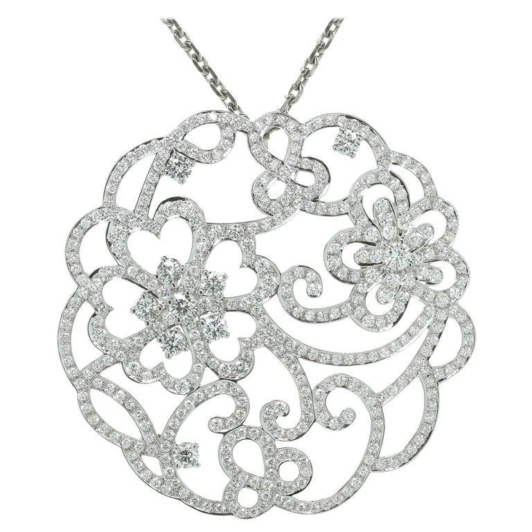 Van Cleef & Arpels Dentelle Diamond White Gold Neckalce For Sale