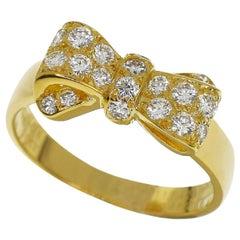 Van Cleef & Arpels Diamond 18 Karat Yellow Gold Alice Bow Ribbon Ring