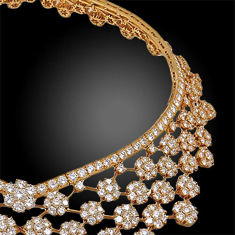 Women's Van Cleef & Arpels Diamond 75 Carat Snowflakes Necklace For Sale