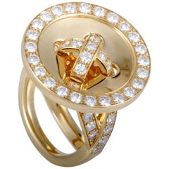 Van Cleef & Arpels Diamond and 18 Karat Yellow Gold Button Ring