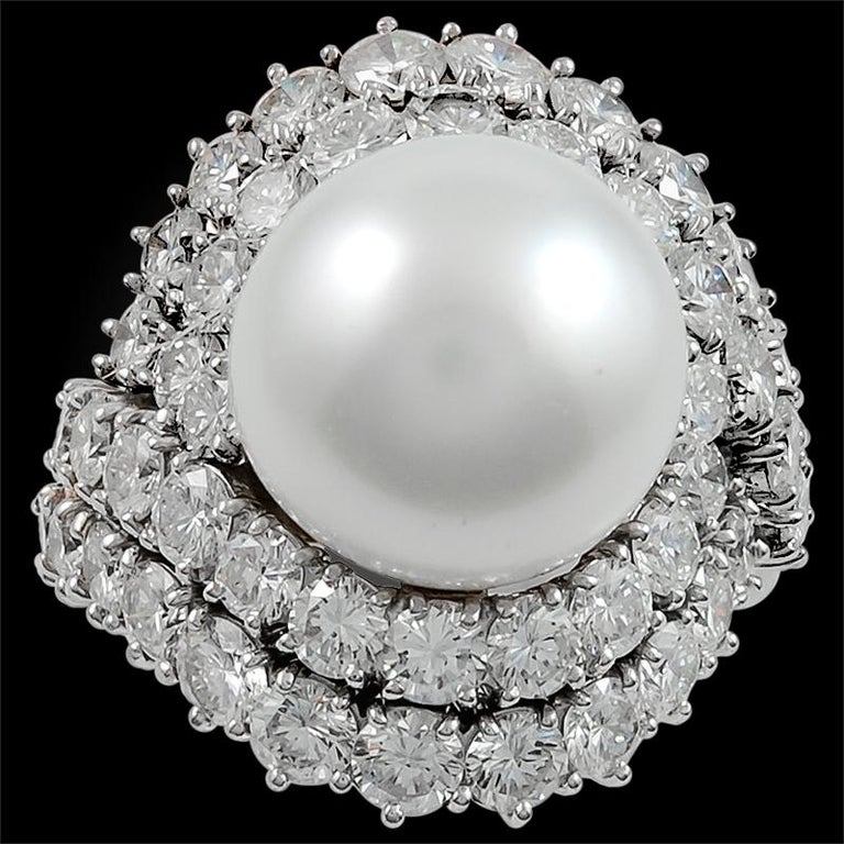 Women's Van Cleef & Arpels Diamond and Cultured Pearl Ring For Sale