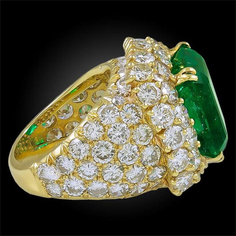 Women's Van Cleef & Arpels  12 Carat Emerald Diamond Ring For Sale