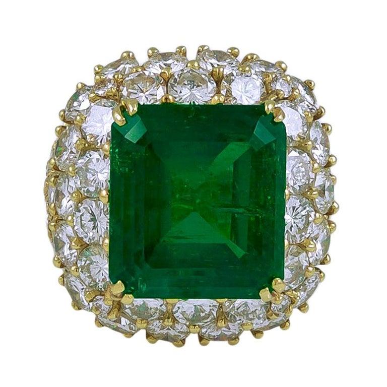 Van Cleef & Arpels  12 Carat Emerald Diamond Ring For Sale