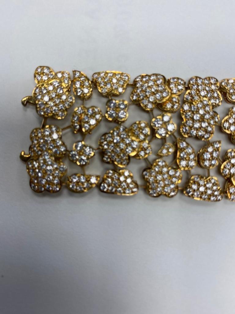 Van Cleef & Arpels Diamond and Gold Bracelet For Sale 1