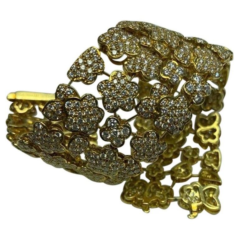 Van Cleef & Arpels Diamond and Gold Bracelet For Sale