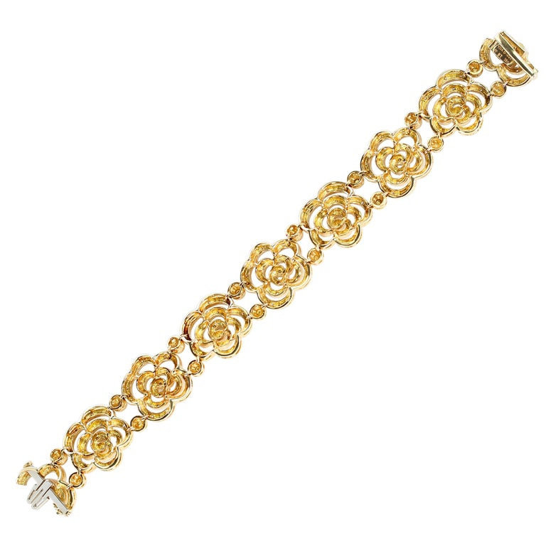 Contemporary Van Cleef & Arpels Diamond and Gold Openwork Bracelet For Sale